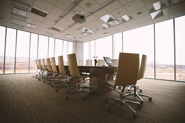 konferenčni-stoli